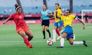 Emocionada, Marta evita falar sobre fim de ciclo na Seleção feminina: 'Estou com a cabeça a mil'