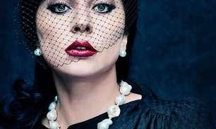 """Lady Gaga e Adam Driver ilustram cartazes de """"House of Gucci"""""""