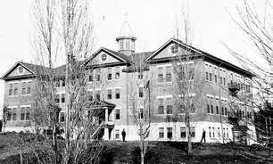 A obscura história da escola para crianças indígenas no Canadá onde foram encontradas 160 tumbas ocultas