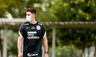 Duilio explica por que Danilo Avelar segue como jogador do Corinthians