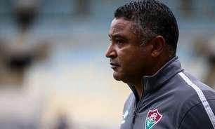 Após protestos, Roger diz não poder condicionar emoções ou decisões ao ambiente externo no Fluminense