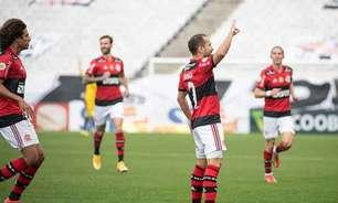 Flamengo atropela o Corinthians e segue arrancada no Brasileirão