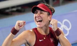 Suíça Bencic dedica ouro no tênis a Federer e Martina Hingis