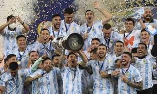Ronaldinho Gaúcho diz que ficou feliz com título de Messi em cima do Brasil: 'Faltava isso para ele'