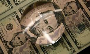 Dólar tem queda contra real em meio a expectativa de alta da Selic