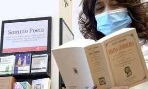 Cidade italiana promove leitura da 'Divina Comédia' durante vacinação