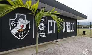 Vasco homenageia o ex-goleiro Moacyr Barbosa com nome do CT