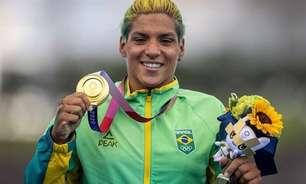 Mulheres nas Olimpíadas: Ouro de Ana Marcela Cunha na maratona aquática confirma a melhor atuação das brasileiras nos Jogos