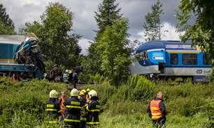 Colisão de trens na República Tcheca mata 3 e deixa feridos
