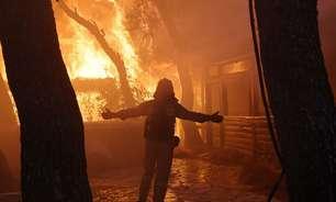 Ventos voltam a atiçar incêndios florestais perto de Atenas