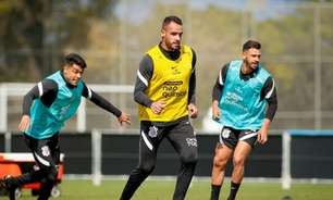 Com Renato Augusto e Giuliano em campo, Corinthians segue preparação para pegar o Santos
