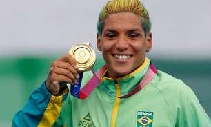 Após ouro nos Jogos Olímpicos, Ana Marcela mira mundial da maratona aquática: 'Não estou 100% completa'