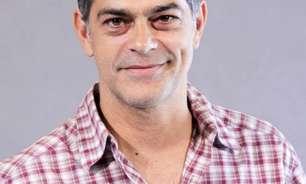 Ator Eduardo Moscovis é internado às pressas com covid-19
