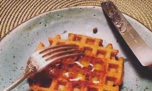Para o lanche: waffle de farinha integral