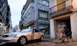 Tempestade inunda cidades e provoca cortes de energia na Espanha