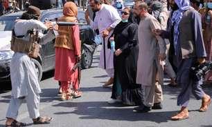 Atletas da seleção afegã de vôlei acusam Talibã por morte