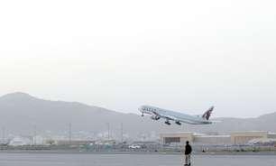 Primeiro avião com civis decola de Cabul desde saída dos EUA