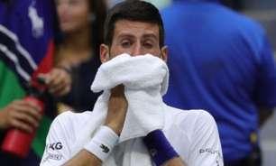 Psicólogos comentam perda de controle de Djokovic na final do US Open: 'Ficou humano'