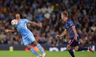 Aké revela morte do pai logo após seu primeiro gol pelo Manchester City na Champions League