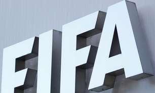 """Fifa: """"debate construtivo e aberto"""" para mudar calendário"""