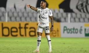 Mazzuco deixa futuro do atacante Marinho em aberto no Santos