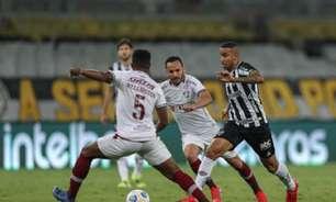 Cuca vê dois tempos distintos na vitória sobre o Fluminense e destaca mudança de postura no 2º tempo