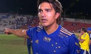 Marcelo Moreno detona árbitro e questiona: 'Ele sai escoltado por quê? A gente é bandido?'