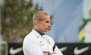 Velloso questiona se Sylvinho tem 'tamanho' para treinar novo elenco do Corinthians: 'Não mostrou isso'