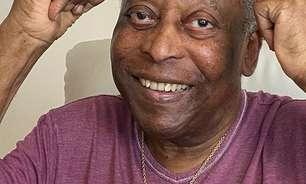 """Pelé se pronuncia após sair da UTI: """"Sorrindo todo os dias"""""""