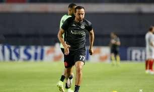 Dono do time em 48 horas: após rapidez nos bastidores, Nene volta ao Vasco onipresente em campo