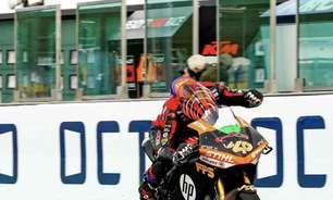 Torres é derrubado por Aegerter, mas leva bi da MotoE. Ferrari herda vitória em Misano