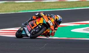 Raúl Fernández escapa de Gardner na volta final do GP de San Marino e vence na Moto2