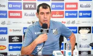 Carille elogia esquema com três zagueiros no Santos: 'Resposta boa'
