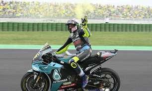 """Rossi celebra mar amarelo em Misano e agradece: """"Eles nunca me abandonaram"""""""