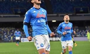 Napoli goleia a Udinese fora de casa e assume a liderança do Campeonato Italiano