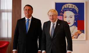 Bolsonaro admite que não se vacinou em encontro com Johnson