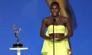 """""""The Crown"""" e """"O Gambito da Rainha"""" dominam a noite do Emmy"""