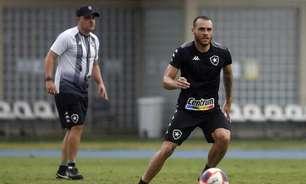 Exame aponta lesão em Pedro Castro, do Botafogo, e meia inicia tratamento