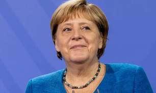 Cenário indefinido pode manter Merkel no poder até fim do ano