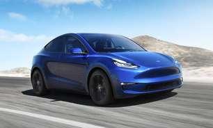 Tesla e outros carros elétricos podem ser visto em evento