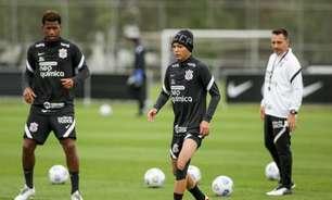 Adson treina com o grupo e pode reforçar o Corinthians no Dérbi
