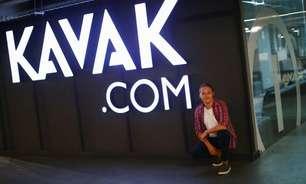Plataforma de comércio de carros usados Kavak recebe investimento de US$700 milhões