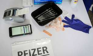 Pais analisam riscos e benefícios de vacinação de crianças contra Covid nos EUA