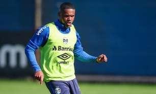 Douglas Costa volta a treinar e pode reforçar o Grêmio contra o Athletico