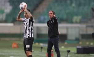 'Fomos melhores em todos os quesitos do jogo', avalia Cuca após empate com o Palmeiras