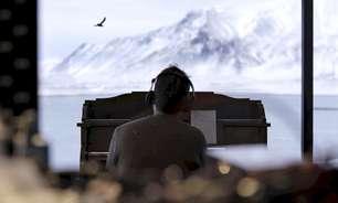 "Dan Albarn, do Blur, lança a faixa solo ""Royal Morning Blue"""