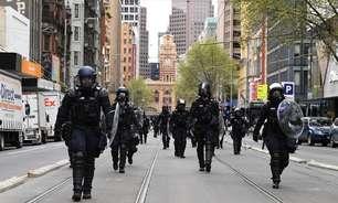 Protestos contra lockdown em Melbourne diminuem diante de alta de casos diários