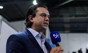 Presidente do Cruzeiro admite novos atrasos salariais, fala de viagem à Espanha e quer Luxa em 2022
