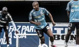 Carlos Sánchez valoriza semana cheia para treinos no Santos