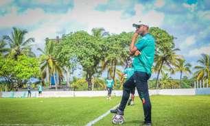 Felipe Surian, técnico do Sampaio Corrêa, projeta partida contra o Botafogo: 'Redobrar a atenção'